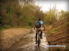 Каране на колелото в реката - Обиколката на Люлин планина